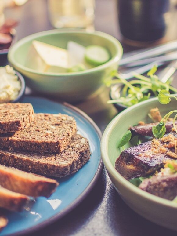 Pomysły na dietetyczne śniadania 5 prostych przepisów